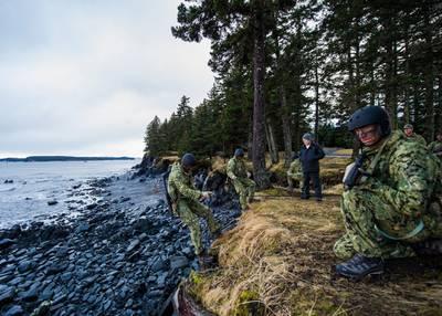 Secretary of the Navy Ray Mabus observes training at Naval Special Warfare Center Detachment Kodiak in Kodiak, Alaska, on Feb. 17, 2013.