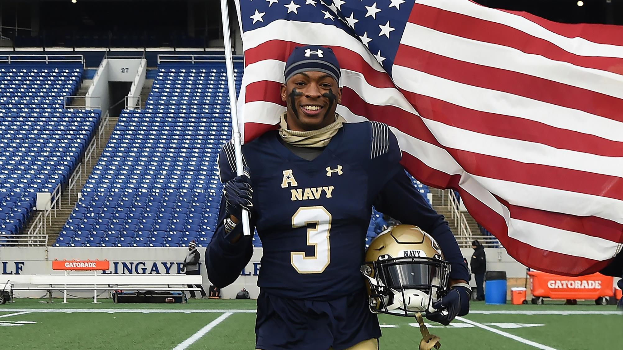 Navy says no to NFL hopeful's request to postpone service, pursue Buccaneers roster spot