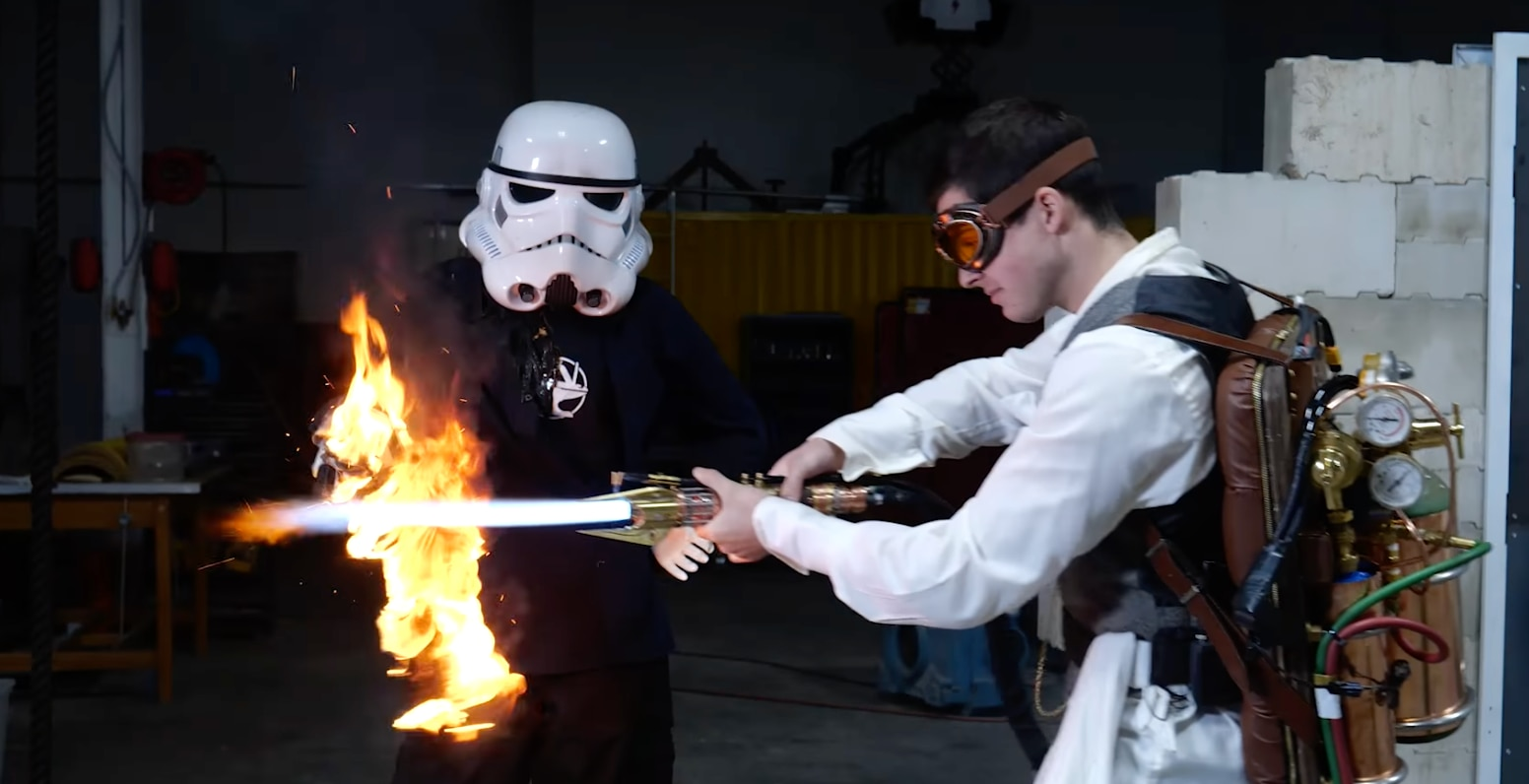 Dear military, please invest in this dude's lightsaber